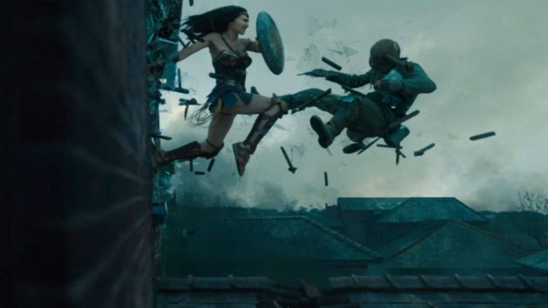 Un video mette a confronto le scene d'azione di Wonder Woman dai due film di Patty Jenkins