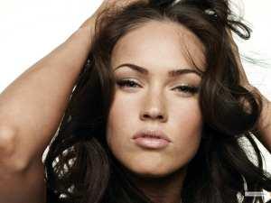 Megan-Fox-kiss-756