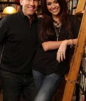 Nicholas Sparks e Miley Cyrus