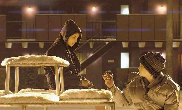 """Chloe Moretz e Kodi Smith-McPhee in """"Let me in"""""""