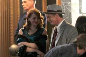 Emma Stone e Sean Penn in un'immagine di Gangster Squad