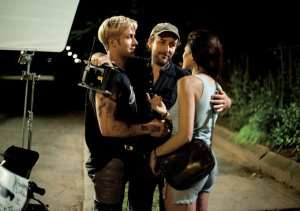 Ryan Gosling, Derek Cianfrance e Eva Mendes sul set del film