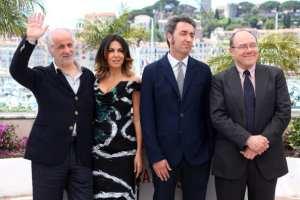 Toni Servillo, Sabrina Ferilli, Paolo Sorrentino e Carlo Verdone | © LOIC VENANCE/Getty Images