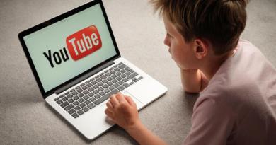 YouTube Çocuk İçeriklerini İşaretlemeyi Zorunlu Hale Getiriyor