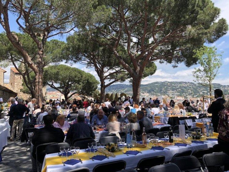 Aïoli - Place de Castre - Cannes 2018