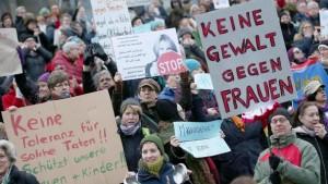 manifestazione dopo i fatti di Colonia