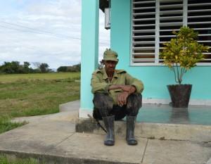 Cuba, allevatore nei pressi di Pinar del Rio