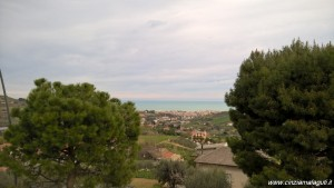 Veduta panoramica dal terrazzo del Ristorante Il Grillo di Acquaviva Picena