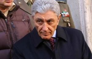Antonio Bassolino, ex sindaco di Napoli, candidato alle primarie PD 2016