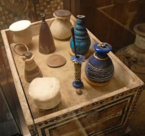 Tomba di Merit, moglie di Kha, oggetti personali ritrovati