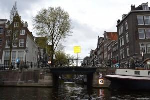 Amsterdam, biciclette parcheggiate su un ponte