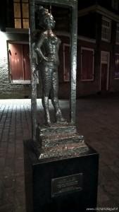 Amsterdam, quartiere a luci rosse, monumento alla prostituta