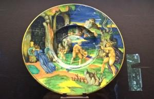 Museo della Ceramica di Faenza, piatto arte ceramica italiana, Urbino, 1530 ca.