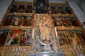 Cattedrale dell'Almudena, altare della Virgen de la Almudena