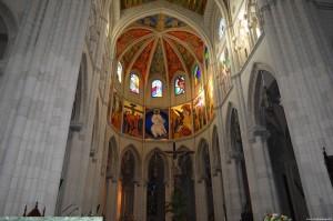 Cattedrale dell'Almudena, interno