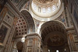 Basilica di Sant'Andrea, interno