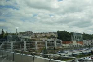 Poitiers, centro storico sullo sfondo