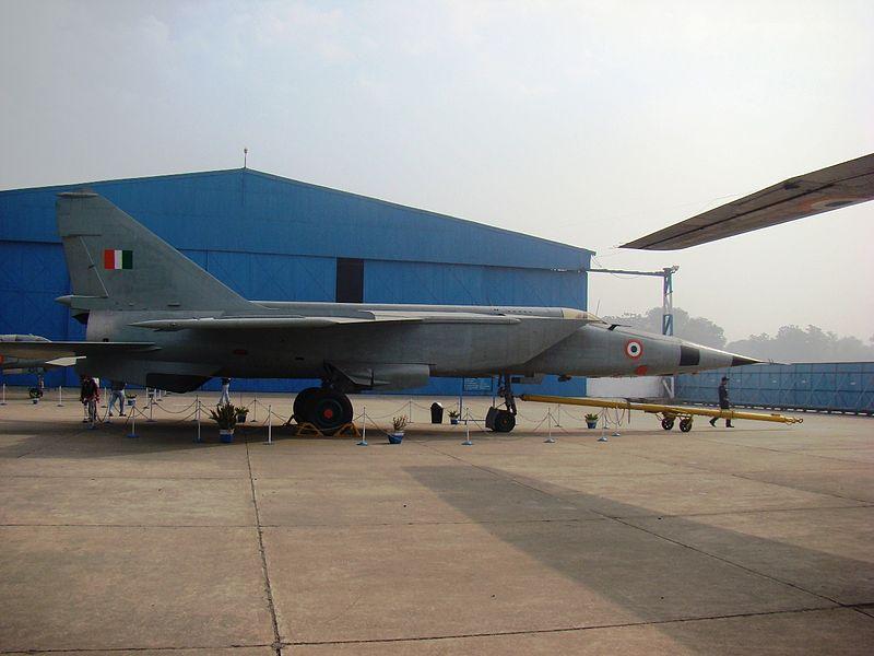 When an Indian Foxbat roared over Pakistan