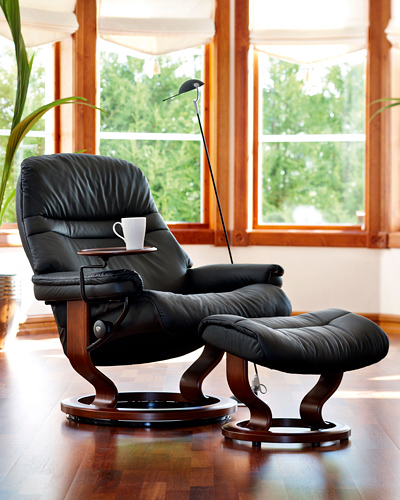 stressless chair sizes coleman camp chairs with side table recliners ekornes circle furniture every model is available in two or three since people come all different these size options allow sized