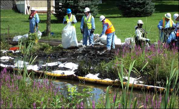 Tar Sands Oil Spill Michigan Kalamazoo River Pipeline Water Energy