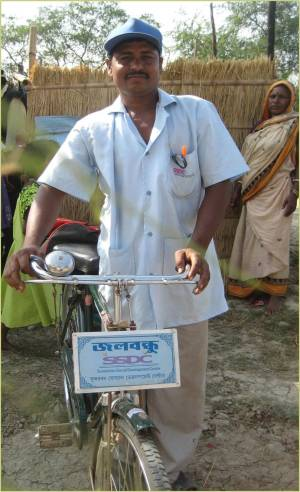 India water Ned Breslin Water for People Sheohar WASH sanitation hygiene everyone forever dipak mobile mechanic