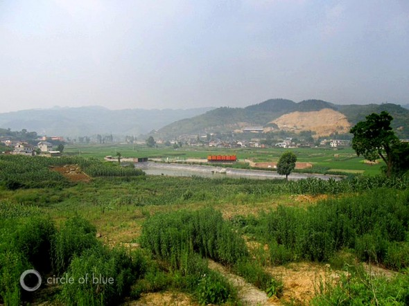 fracking deep shale well lao chang china sichuan province farming fishing