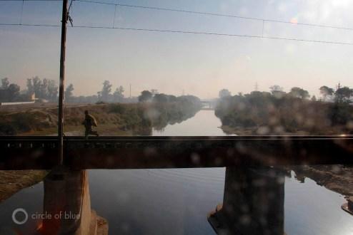 Chandigarh Haryana Punjab five river panjaab panj aab beas chenab jhelum ravi sutlej Indus partition British India Sikh Hindu Punjabi Himachel Pradesh canal farm farming water food energy choke point circle of blue wilson center aubrey ann parker