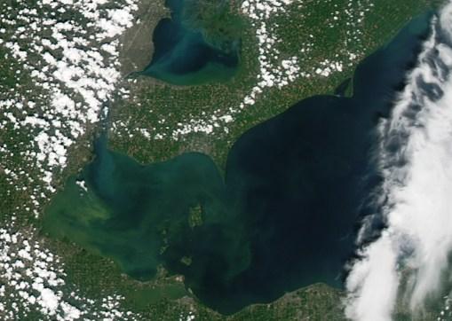 Lake Erie harmful algae bloom August 3