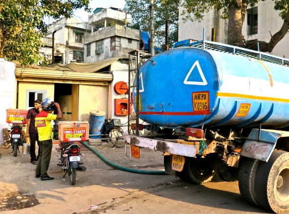 India New Delhi water truck drinking water supply