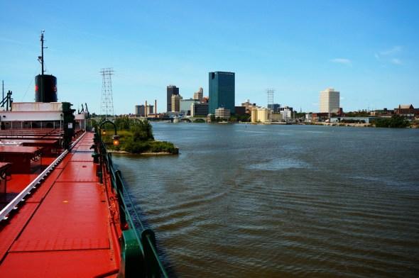 Lake Erie nutrient pollution toxic algae bloom Maumee River Toledo Ohio USDA