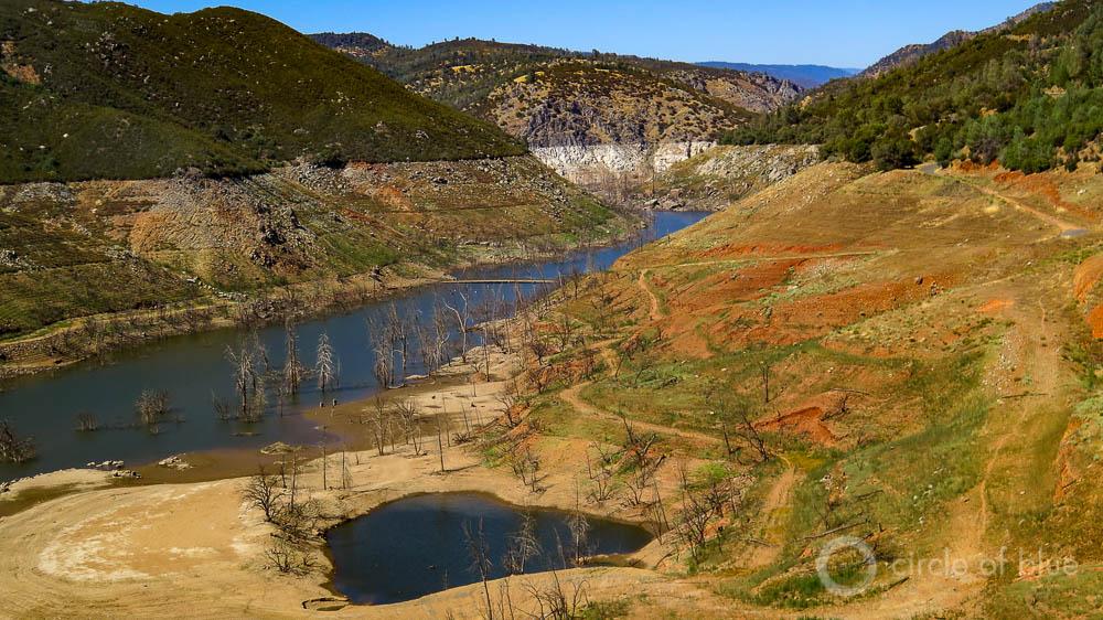 New Melones Lake reservoir water levels Sierra Jamestown California drought