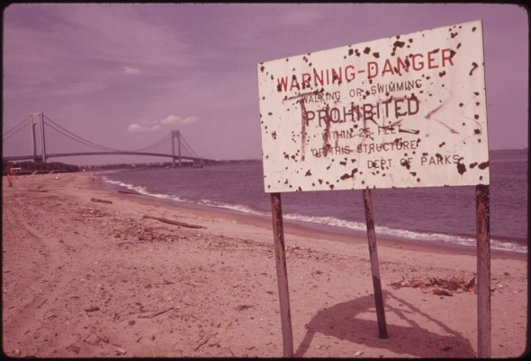 Clean Water Act water pollution United States Staten Island Beach 1973