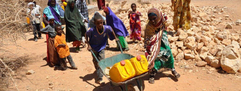 https://upload.wikimedia.org/wikipedia/commons/3/34/Oxfam_East_Africa_-_SomalilandDrought003.jpg