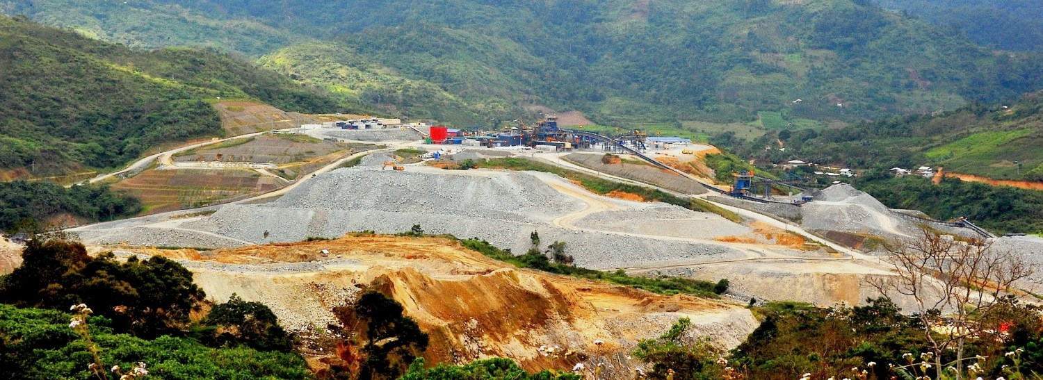 OceanaGold's Didipio mine produces high grade gold and copper on the island of Luzon in the Philippines. The Department of Environment and Natural Resources suspended the mine's operating license on February 8, 2017. Photo courtesy of Creative Commons