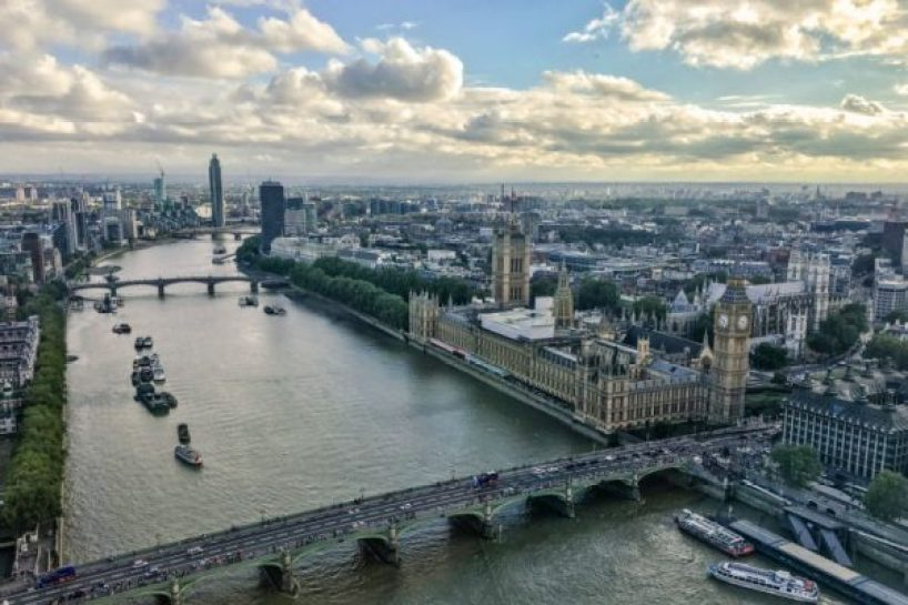 https://c.pxhere.com/photos/fc/41/united_kingdom_england_london_the_river_thames_london_skyline_big_ben_london_bridge-1362266.jpg!d