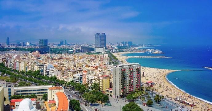 https://pixabay.com/en/barcelona-spain-city-urban-skyline-1892487/