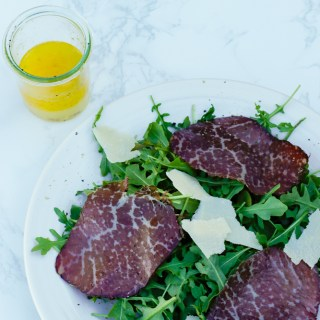 Easy Bresaola and Arugula Salad - a lunch-time favorite and worthy of guests. So delicious, easy and something new to try.