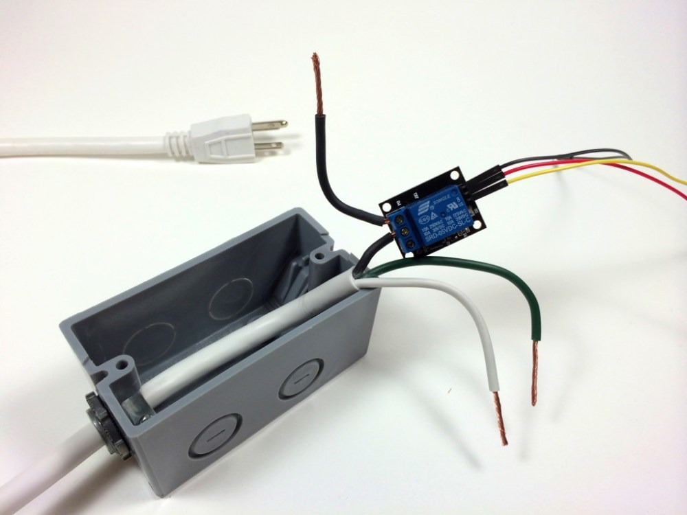medium resolution of build an arduino controlled power outlet wiring the 5v relay to the hot wire