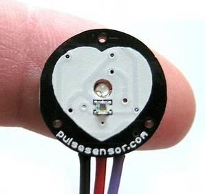 Modulo sensore di frequenza cardiaca ad impulsi pulsesensor per Arduino