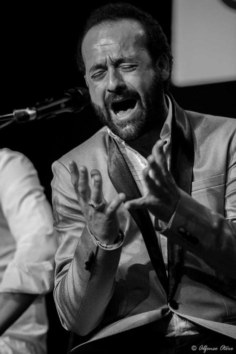 Foto de José Canela en el Círculo Flamenco de Madrid, tomada por Alfonso Otero