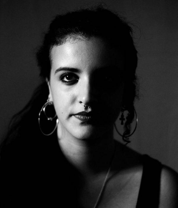 Foto retrato de Claudia Ruiz