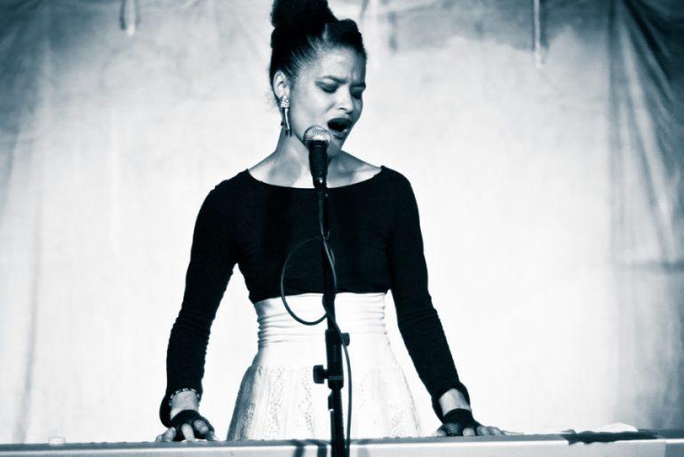 Leila Adu