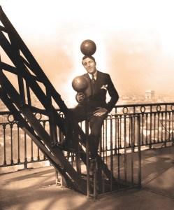 Enrico Rastelli à la Tour Eiffel - Direction Jérôme Medrano