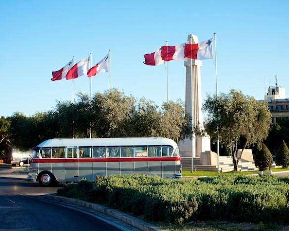 Maltese bus,Alan Falzon,Circus Malta
