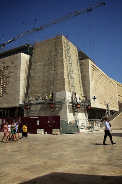 Alan Falzon,Circus Malta,Works on Valletta's new parliament