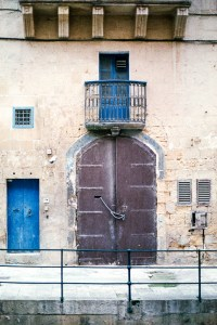 Valletta, Darkroom Malta, Agfa Vista, Pushed Film, Alan Falzon,35mm Film, Old warehouse