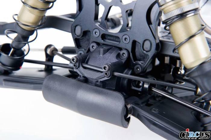 S350T Pro Truggy details pare chocs av