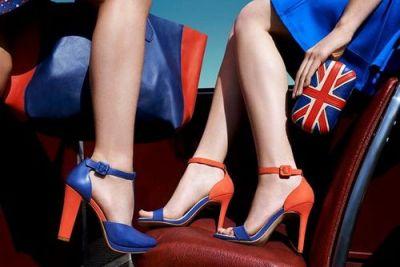 Amei a sandália bicolor!