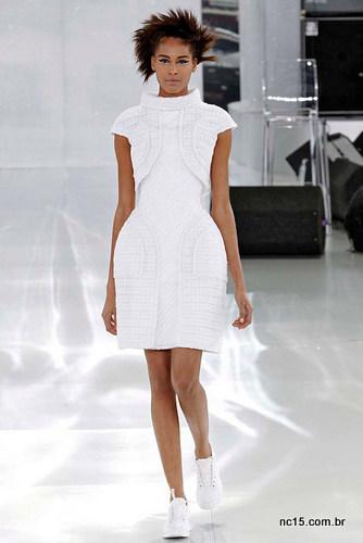 Vestido branco Chanel