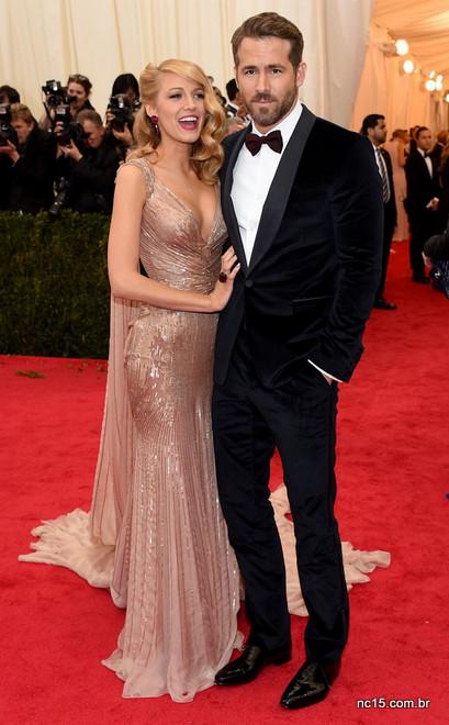 Ryan Reynolds apostou no clássico black tie para o met ball 2014